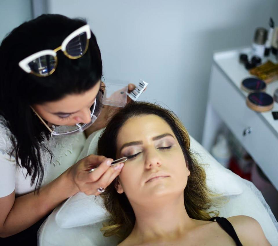 Профессиональное обучение макияжу